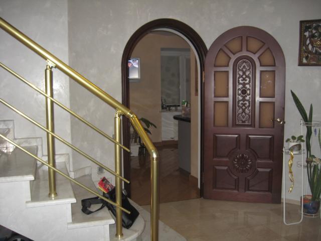 Продается 4-комнатная квартира на ул. Гайдара Бул. — 300 000 у.е.