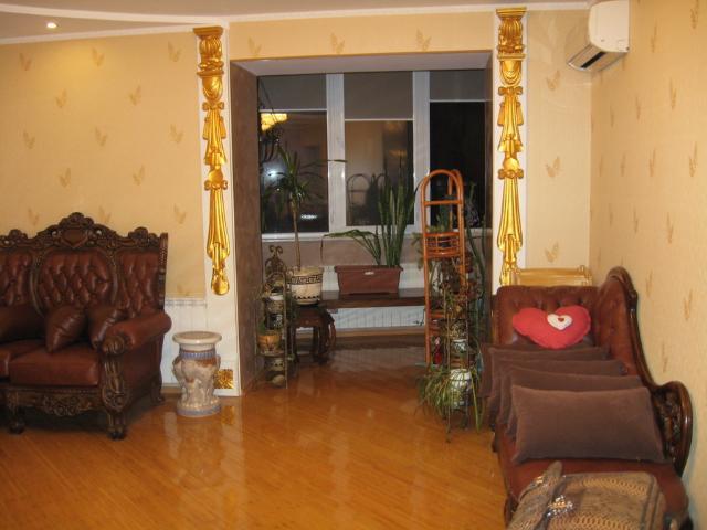 Продается 4-комнатная квартира на ул. Гайдара Бул. — 300 000 у.е. (фото №2)