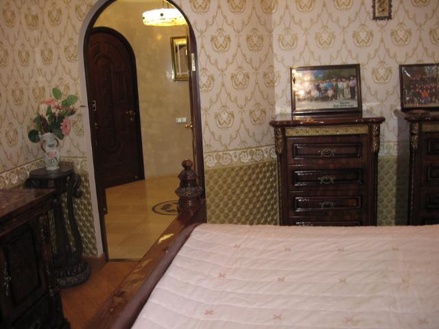 Продается 4-комнатная квартира на ул. Гайдара Бул. — 300 000 у.е. (фото №11)