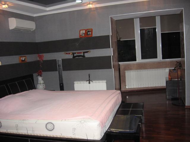 Продается 4-комнатная квартира на ул. Гайдара Бул. — 300 000 у.е. (фото №13)