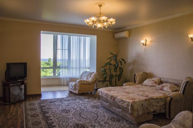 Продается 2-комнатная квартира на ул. Хантадзе Пер. — 130 000 у.е.