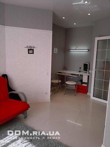 Продается 2-комнатная квартира в новострое на ул. Парковая — 130 000 у.е. (фото №2)