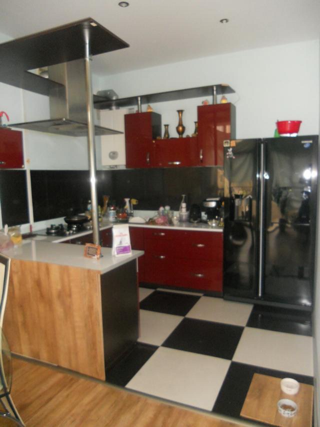 Продается 3-комнатная квартира в новострое на ул. Героев Сталинграда — 100 000 у.е.