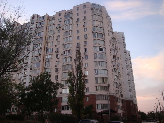 Продается 3-комнатная квартира в новострое на ул. Хантадзе Пер. — 250 000 у.е.