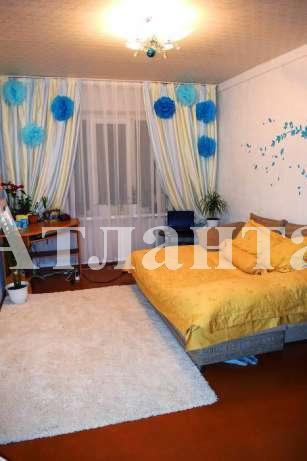 Продается 4-комнатная квартира на ул. Героев Сталинграда — 63 000 у.е.
