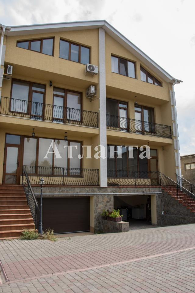 Продается 6-комнатная квартира на ул. Радостная — 250 000 у.е.