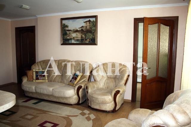 Продается 2-комнатная квартира на ул. Парковая — 100 000 у.е.