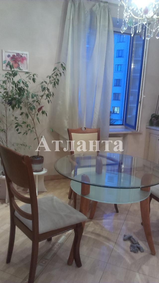 Продается 3-комнатная квартира на ул. Мукачевский Пер. — 215 000 у.е.