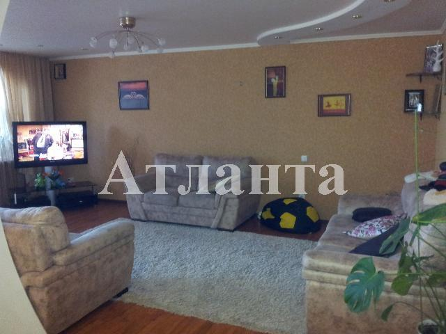Продается 2-комнатная квартира на ул. Заболотного Ак. — 60 000 у.е.
