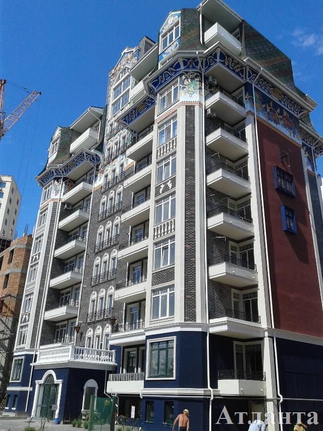 Продается 3-комнатная квартира в новострое на ул. Софиевская — 97 000 у.е.