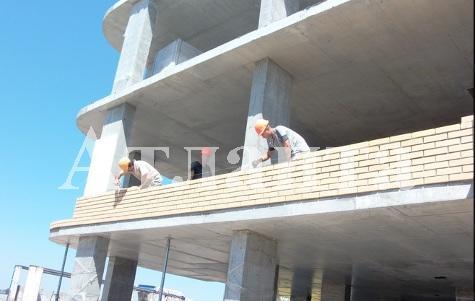 Продается 2-комнатная квартира в новострое на ул. 1 Мая — 39 500 у.е. (фото №2)
