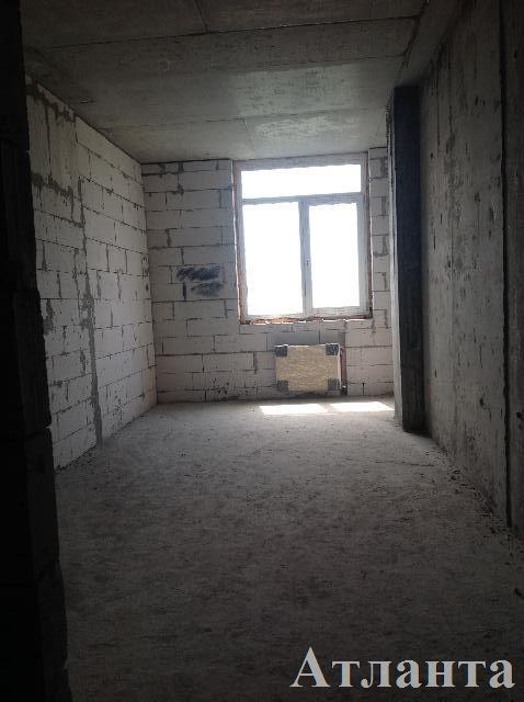 Продается 2-комнатная квартира на ул. Разумовская — 65 000 у.е.
