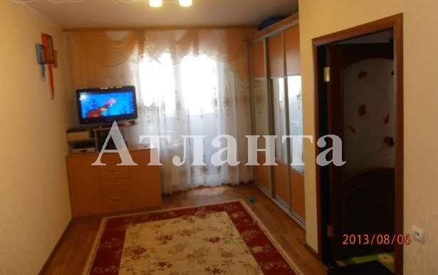 Продается 1-комнатная квартира на ул. Радужный М-Н — 54 000 у.е.