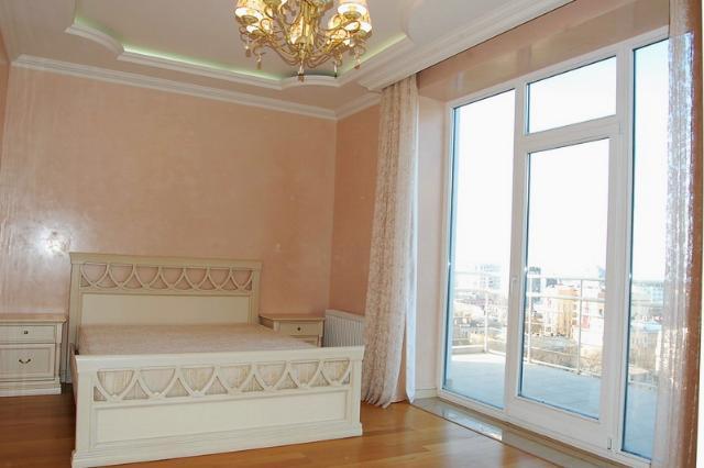 Сдается 4-комнатная квартира на ул. Мукачевский Пер. — 1 500 у.е./мес. (фото №4)