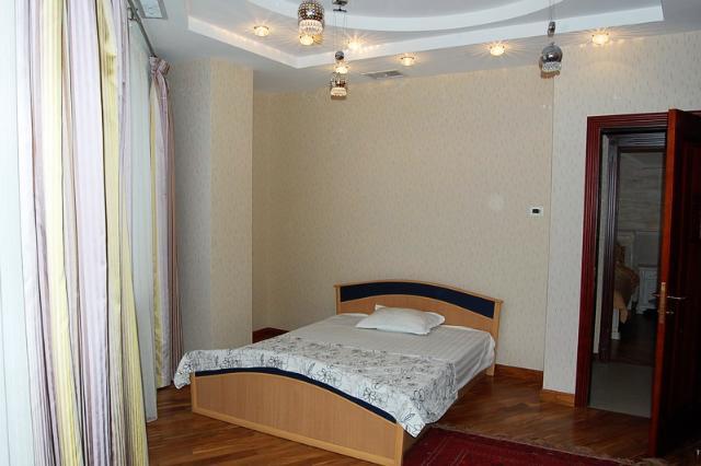 Сдается 3-комнатная квартира на ул. Маршала Говорова — 1 000 у.е./мес. (фото №5)