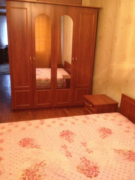 Сдается 3-комнатная квартира на ул. Космонавтов — 270 у.е./мес.