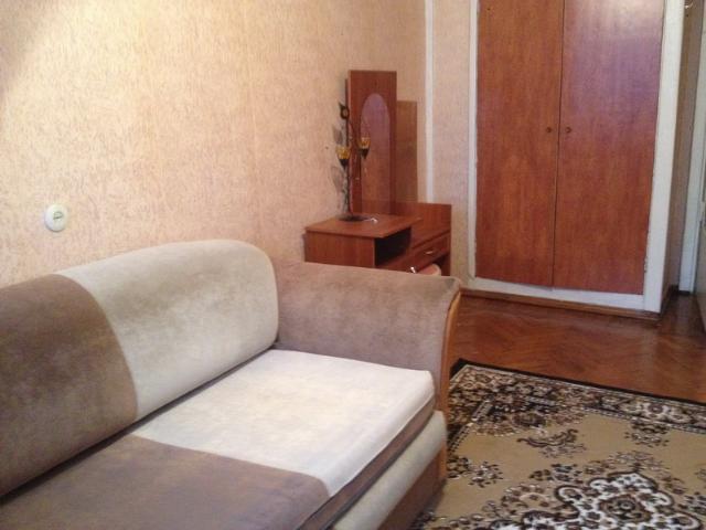 Сдается 3-комнатная квартира на ул. Космонавтов — 270 у.е./мес. (фото №2)