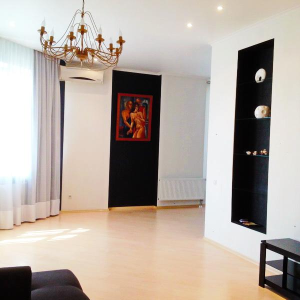 Сдается 3-комнатная квартира на ул. Генуэзская — 1 500 у.е./мес. (фото №2)