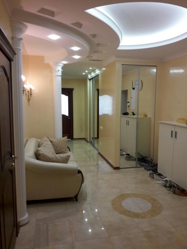 Сдается 4-комнатная квартира на ул. Проспект Шевченко — 1 800 у.е./мес. (фото №4)
