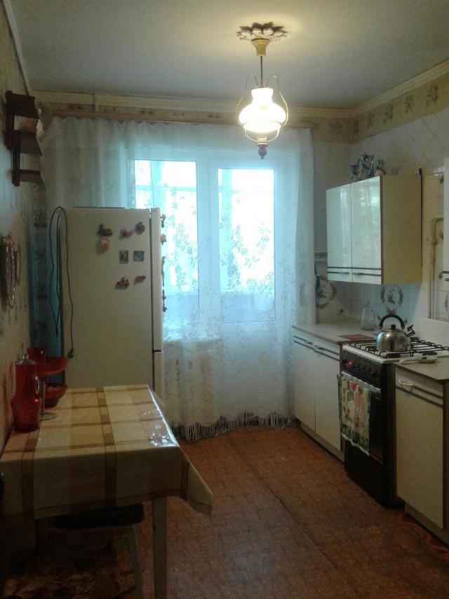 Сдается 3-комнатная квартира на ул. Бочарова Ген. — 220 у.е./мес. (фото №2)