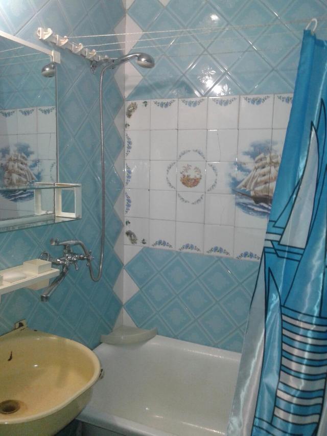 Сдается 3-комнатная квартира на ул. Бочарова Ген. — 220 у.е./мес. (фото №3)