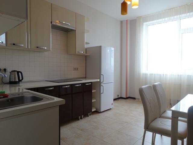 Сдается 1-комнатная квартира на ул. Гагаринское Плато — 400 у.е./мес. (фото №2)