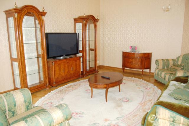Сдается 5-комнатная квартира на ул. Дерибасовская — 2 500 у.е./мес. (фото №3)