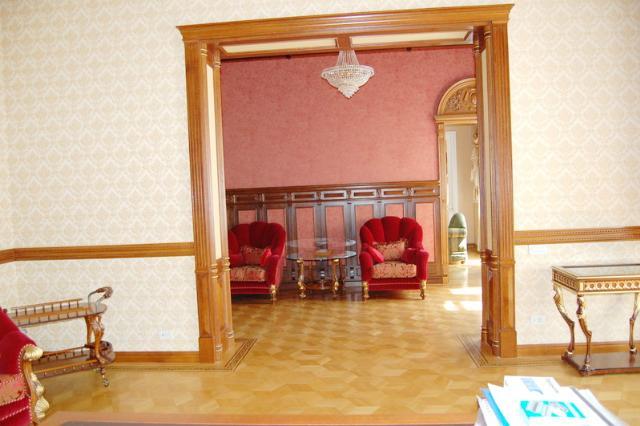 Сдается 5-комнатная квартира на ул. Дерибасовская — 2 500 у.е./мес. (фото №6)