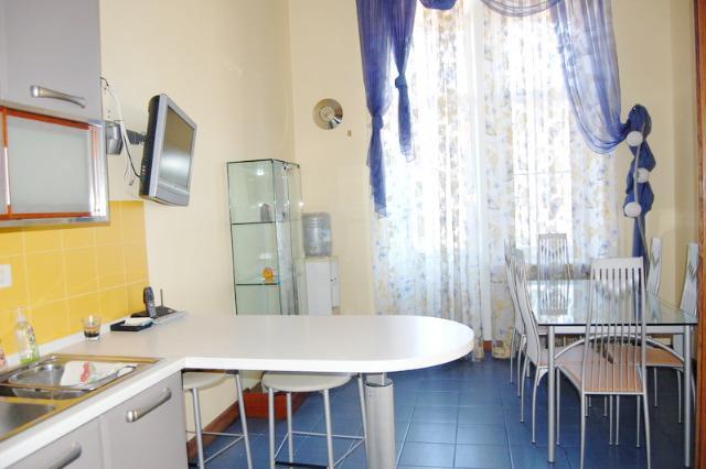 Сдается 5-комнатная квартира на ул. Дерибасовская — 2 500 у.е./мес. (фото №9)