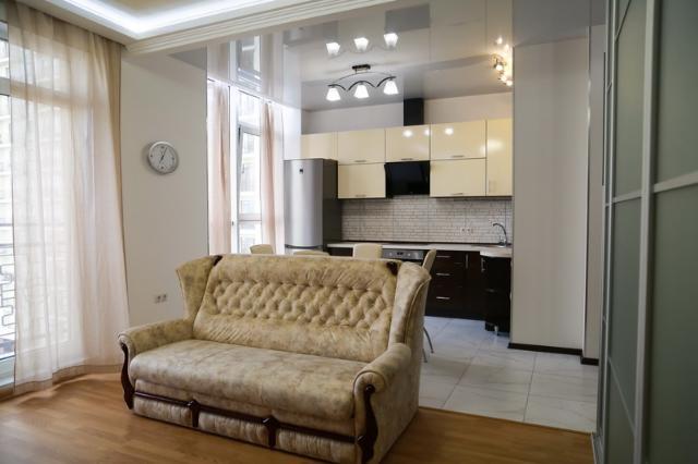 Сдается 1-комнатная квартира на ул. Французский Бул. — 385 у.е./мес.