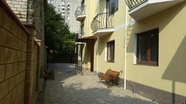 Сдается 1-комнатная квартира на ул. Люстдорфская Дорога — 230 у.е./мес. (фото №3)