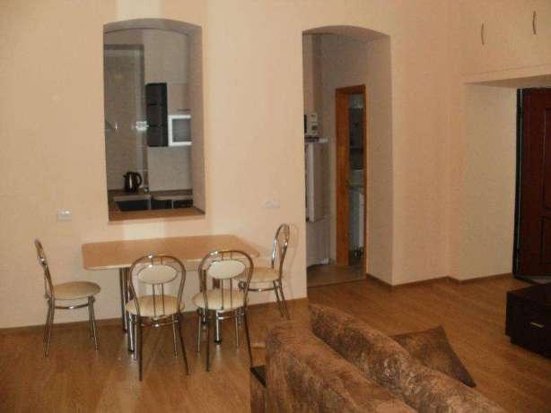 Сдается 1-комнатная квартира на ул. Воронцовский Пер. — 250 у.е./мес. (фото №2)
