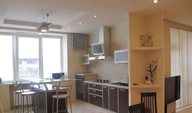 Сдается 3-комнатная квартира на ул. Педагогический Пер. — 772 у.е./мес. (фото №2)