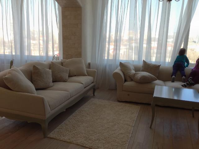 Сдается 2-комнатная квартира на ул. Литературная — 800 у.е./мес.