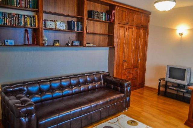 Сдается 3-комнатная квартира на ул. Маршала Говорова — 600 у.е./мес. (фото №3)