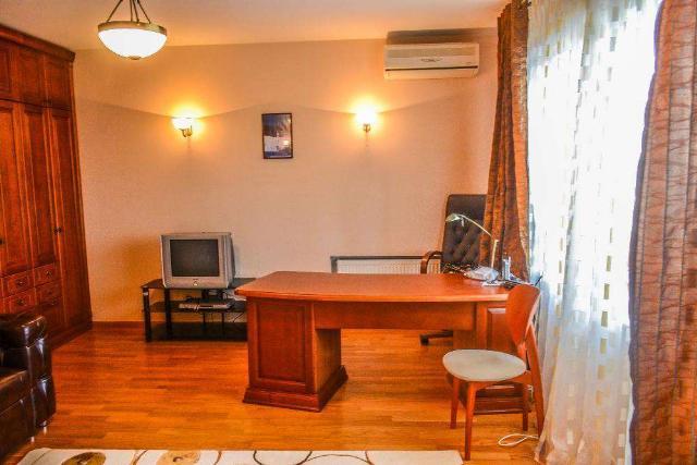 Сдается 3-комнатная квартира на ул. Маршала Говорова — 600 у.е./мес. (фото №10)