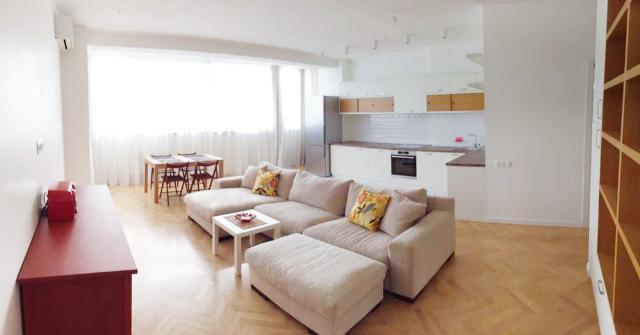 Сдается 2-комнатная квартира на ул. Армейская — 800 у.е./мес.