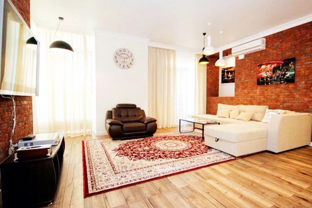 Сдается 2-комнатная квартира на ул. Французский Бул. — 785 у.е./мес.