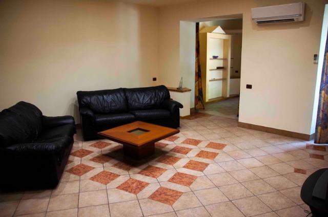 Сдается 5-комнатная квартира на ул. Екатерининская — 800 у.е./мес. (фото №5)