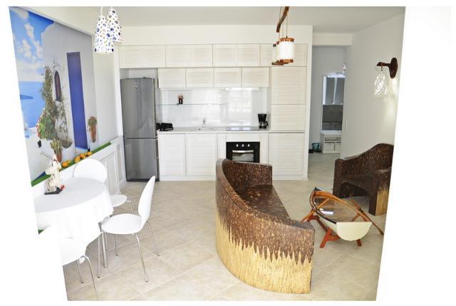 Сдается 3-комнатная квартира на ул. Кленовая — 700 у.е./мес.