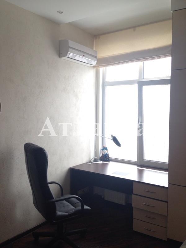 Сдается 3-комнатная квартира на ул. Генуэзская — 1 000 у.е./мес. (фото №13)