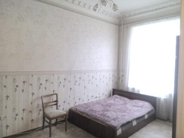 Сдается 3-комнатная квартира на ул. Коблевская — 270 у.е./мес.