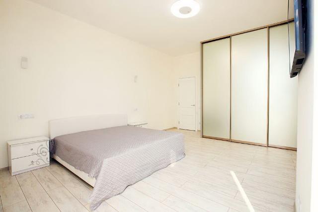 Сдается 1-комнатная квартира на ул. Французский Бул. — 1 000 у.е./мес.