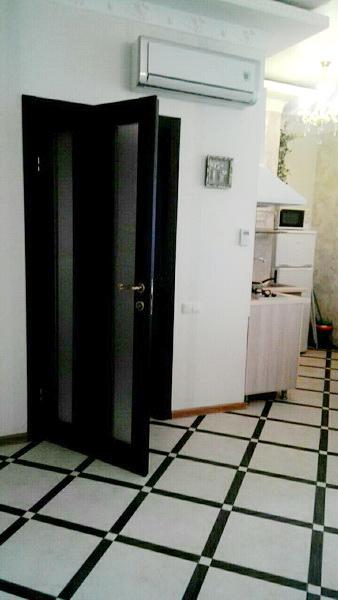 Сдается 1-комнатная квартира на ул. Греческая — 230 у.е./мес. (фото №2)