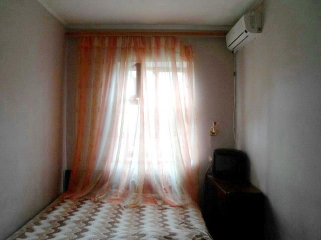 Сдается 1-комнатная квартира на ул. Суворовская 4-Я — 123 у.е./мес.