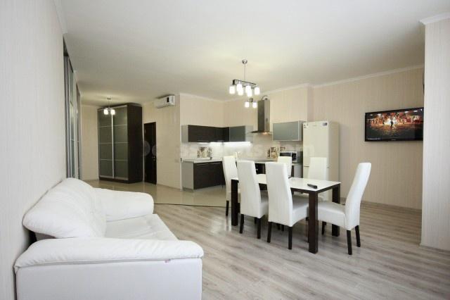 Сдается 3-комнатная квартира на ул. Генуэзская — 800 у.е./мес.