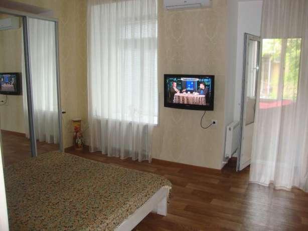 Сдается 1-комнатная квартира на ул. Греческая — 320 у.е./мес.