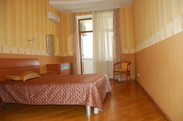 Сдается 2-комнатная квартира на ул. Азарова Вице Адм. — 700 у.е./мес. (фото №4)