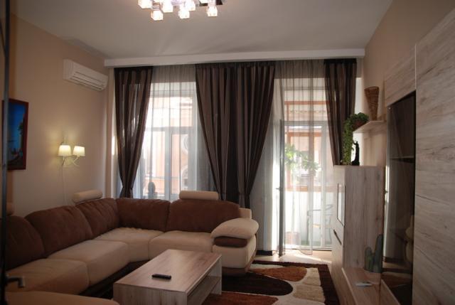 Сдается 3-комнатная квартира на ул. Торговая — 70 у.е./сут.