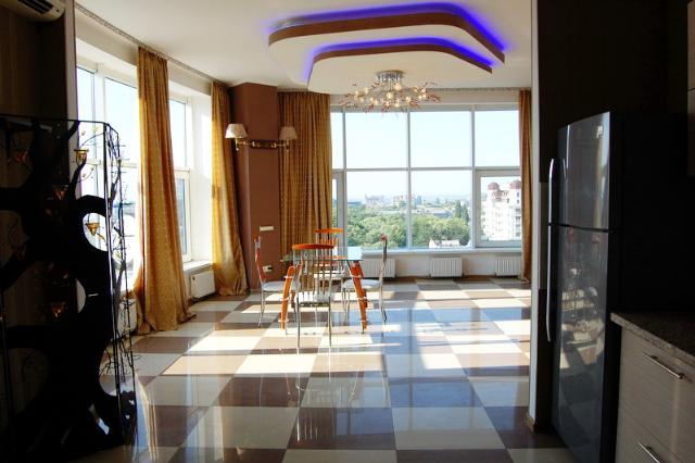 Сдается 2-комнатная квартира на ул. Малая Арнаутская — 1 000 у.е./мес.
